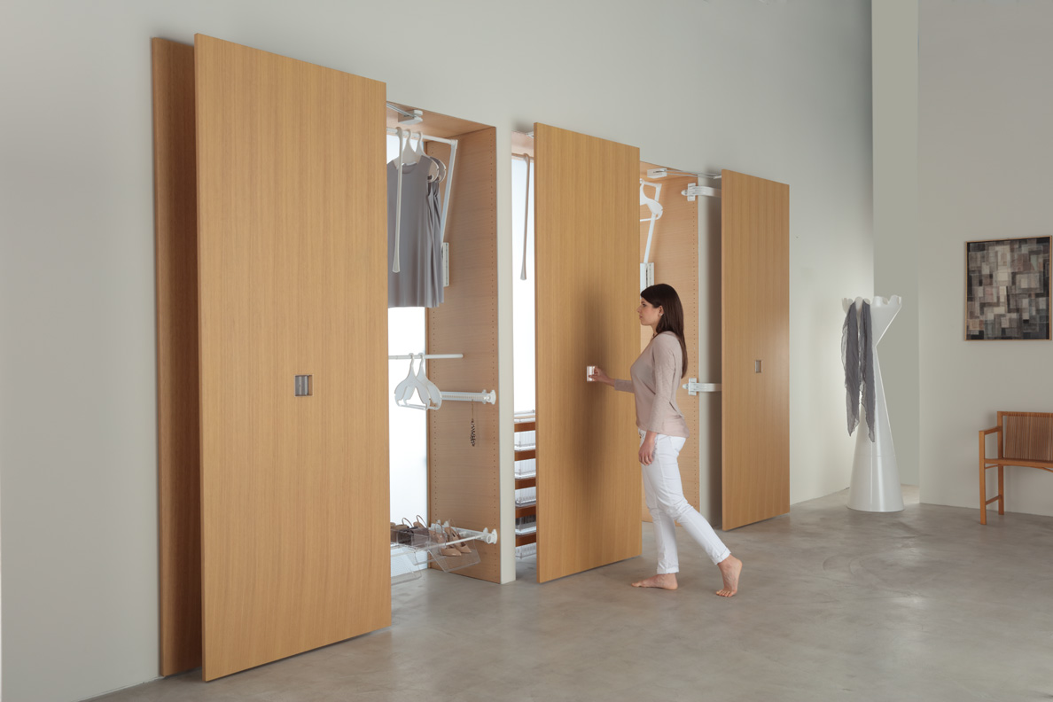 Motion - Servetto - L'ascensore nell'armadio